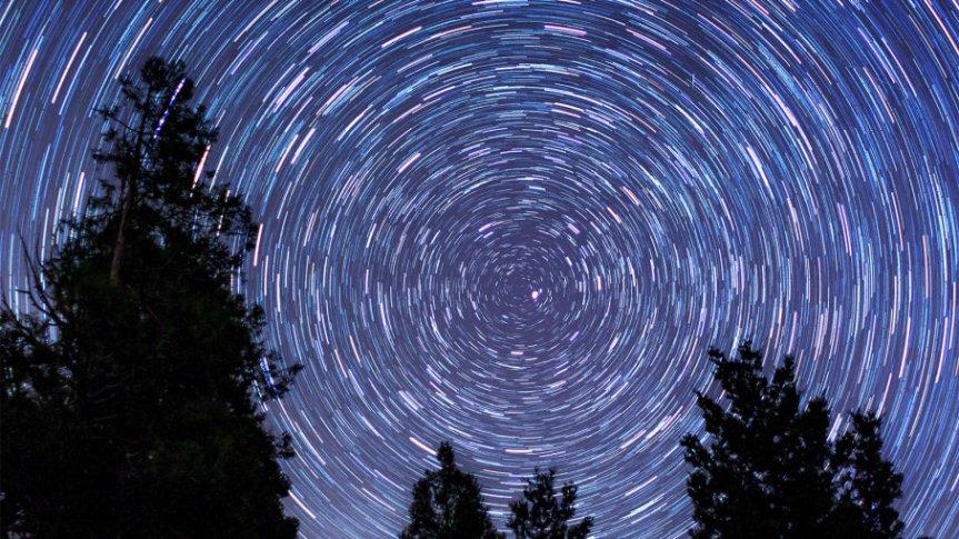 Stars orbit polaris
